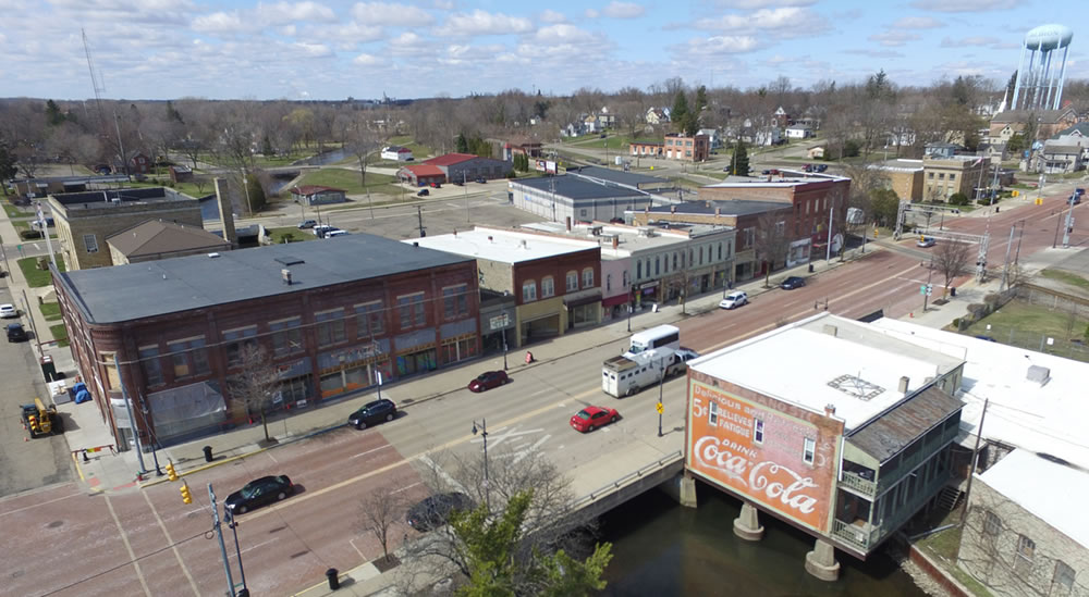 aerial_view_coke_mural_albion_michigan