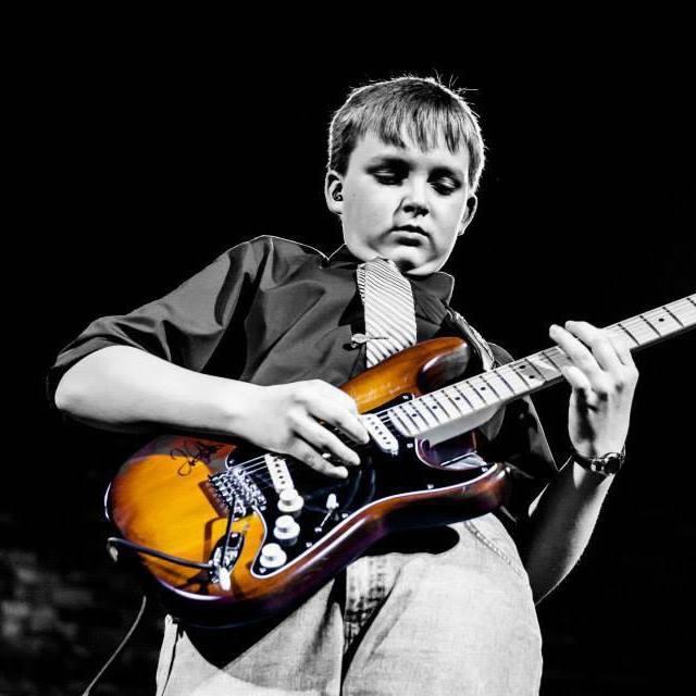 Jacob-Kershaw_guitarist_michigan