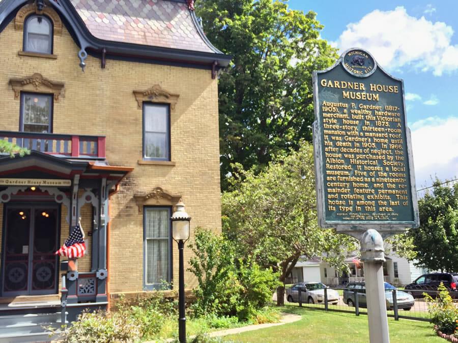 Gardner House Museum