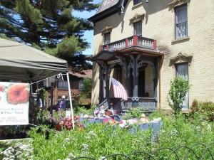 Garden Party at the Gardner House Museum